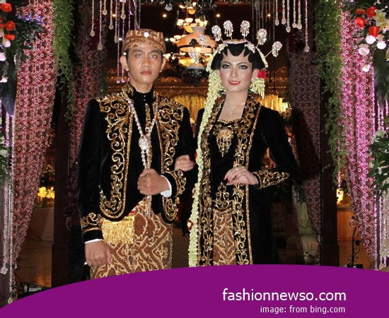 Some Models Of Apparel Typical Traditional Brides The Pangsi Banten In Indonesia