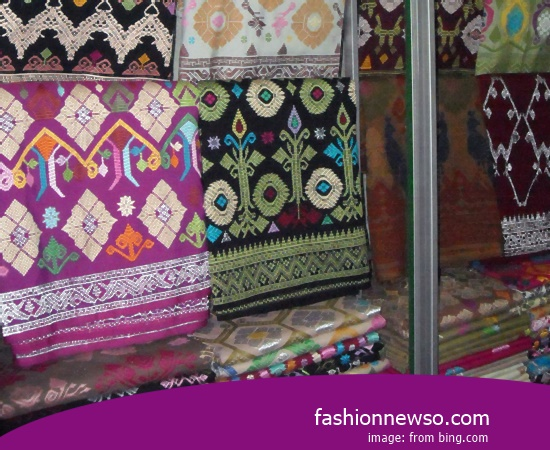 Wholesale Place Of Fabric Songket Traditional Cual In Indonesia