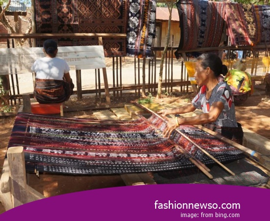 Multiple Type Cloth Grinsing Traditional Ethnic In Indonesia
