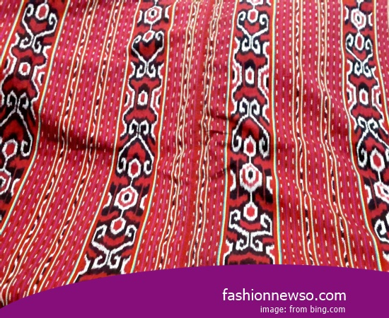 Multiple Models Woven Cloth Traditional Typical Papua In Indonesia