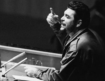 The mythical Argentine-Cuban comandante speaking at the UN General Assembly, waging yet another battle for Cuba.