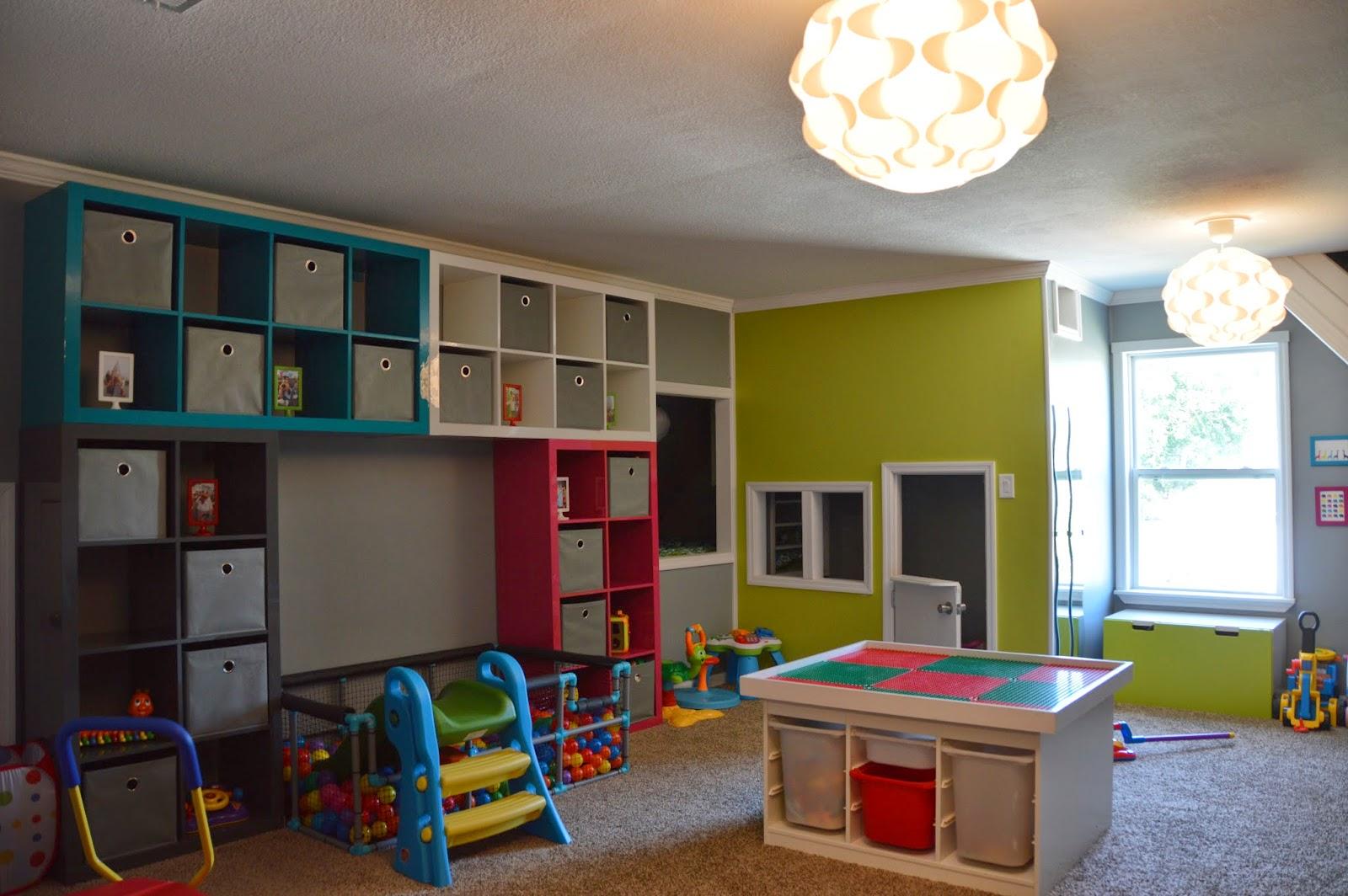 Childrens room with IKEA Kallax and STUVA
