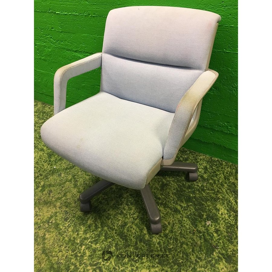 Chair On Wheels Light Armchair Office Chair On Wheels Konverter Outlet