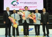 2010-07-20_(1589)x_masTaekwondo_WTFphoto_WTF2010_WorldCupTeam_16_Arbitros