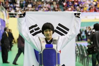 2011-05-05_(2360)x_PhotoWTF_Gyeongju_taekwondo_Day5_01