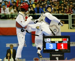 2011-05-05_(2360)x_PhotoWTF_Gyeongju_taekwondo_Day5_05