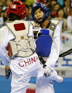 2011-05-05_(2360)x_PhotoWTF_Gyeongju_taekwondo_Day5_09