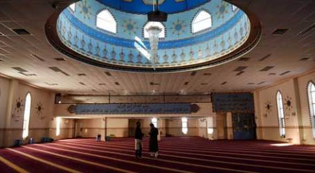 AUSSIE MUSLIMS OPEN MOSQUES, DEFEAT FEAR