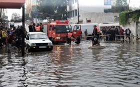 GAZA CIVIL DEFENSE HELPS SCORES OF CITIZENS DURING HARSH WEATHER