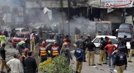 BOMB BLAST KILLS FOUR IN PAKISTAN'S LAHORE: POLICE