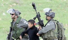 ISRAELI COPS KIDNAP SIX PALESTINIAN CHILDREN FROM AQSA PLAZAS