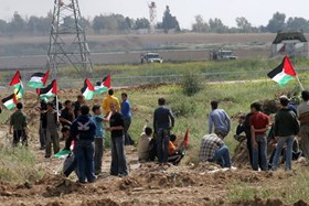 IOF OPENS FIRE AT PROTESTERS AGAINST SIEGE IN GAZA