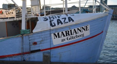 ISRAEL WARNS IT WILL INTERCEPT GAZA-BOUND FREEDOM FLOTILLA