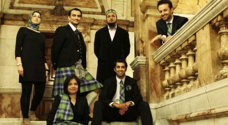 SCOT MUSLIMS SHARE BRIGHT HISTORY ONLINE