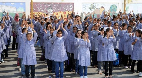 UNRWA MAY DELAY START OF SCHOOL YEAR FOR HALF A MILLION PALESTINIAN STUDENTS