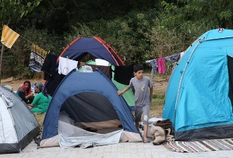 UN BODY URGES FRANCE, GREECE TO DO MORE TO HELP MIGRANTS