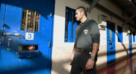 90.000 PALESTINIANS ARRESTED BY ISRAEL SINCE 2000
