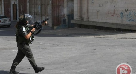 ISRAELI FORCES DETAIN 3 PALESTINIANS DURING CLASHES NEAR QALQILIYA