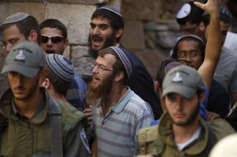 Settlers Storm Al-Aqsa in Force for Hanukkah