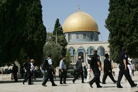 Israel Bans Fatah Deputy Secretary from Entering al-Aqsa Mosque for Six Months