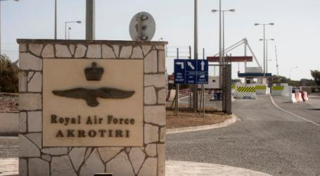 UK SEEKS TO DEPORT REFUGEES AT CYPRUS BASE