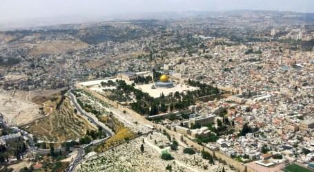 230,000 PALESTINIAN JERUSALEMITES RISK LOSING RESIDENCY