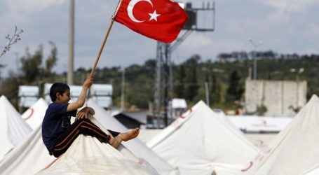 TURKEY TO GET €3BN FOR REFUGEES WITHIN 2016