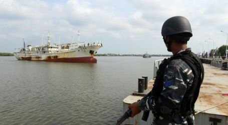 Chinese Poachers are 'Excuse' for Beijing to Lay Slaim to Natunas, says Indonesia Rear Admiral