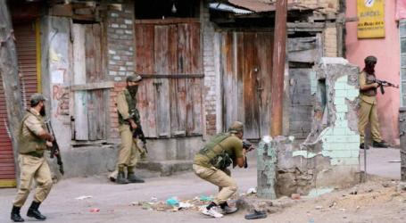 Gunmen Kill 3 Indian Security Personnel in Kashmir