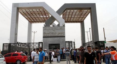 Egypt Opens Gaza Border to Returning Palestinian Pigrims