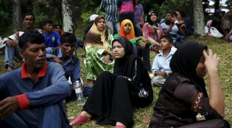 Malaysia Begins Pilot Job Project for Rohingya Refugees