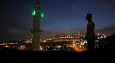 Israeli Parliament Approves Bill to Muffle Muslim Call for Prayer