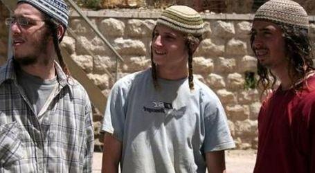 150 Israeli Settlers Storm Jordan Valley