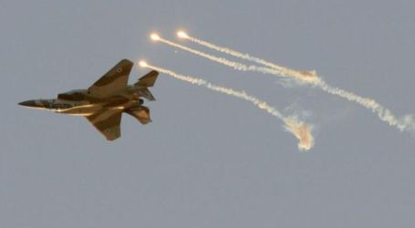 Israel Jet Fighters Launch Air Strikes on Gaza
