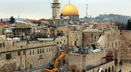 The Ministry of Waqf Warns of Destructions Al-Qa`qa Mosque by Israel