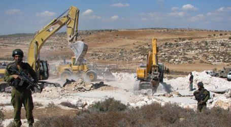 Settlers Raze Palestinian Land Near Salfit