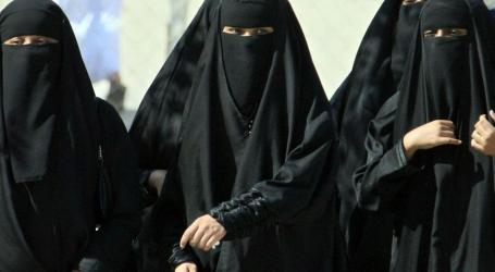 Women Allowed Into Stadium as Saudi Arabia Celebratesits 87th Anniversary