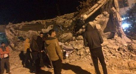 Israel Army Reduces Palestinian House to Rubble in Qabatiya