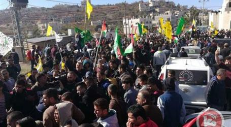 Thousands Participate in Funeral of Palestinian Killed by Israeli Settler