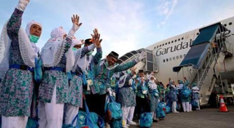 Indonesian Hajj Pilgrims Receive Living Cost in Saudi Arabia Rp5.355.000