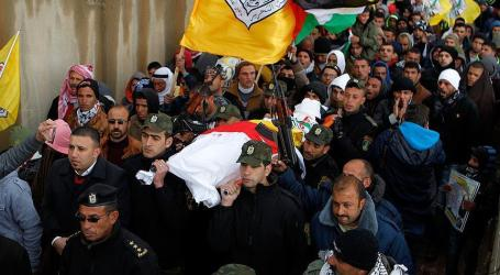 Two Martyred as Gazans Return to Tense Israel Border