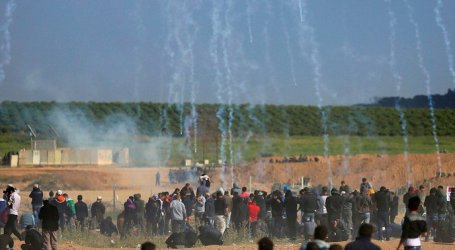 At Least 40 Palestinians Wounded in Clashes with Israeli