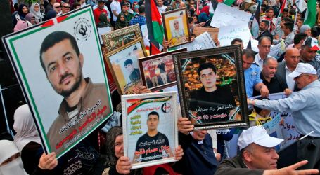 Two Palestinians Complete 30 Years in Israeli Prison for Resisting the Occupation