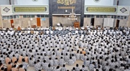A Sign Language Translation for Deaf Muslims at Grand Masjid At-Taqwa, West Nusa Tenggara