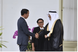 Jokowi Receives Credentials from 11 Foreign Ambassadors