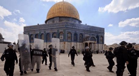Israel Bans Secretary General of Fatah Entering Al-Aqsa