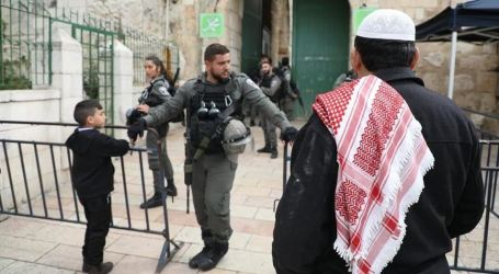 Guards of Al-Aqsa Mosque and Their Families Arrested by Israel