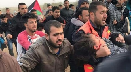 Israeli Soldiers Shoot A 10-Year-Old Palestinian Child