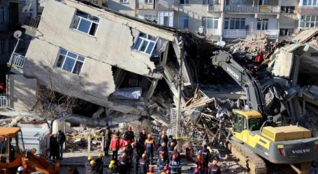 Earthquake in East Turkey: 29 Dead, 1,243 Injured