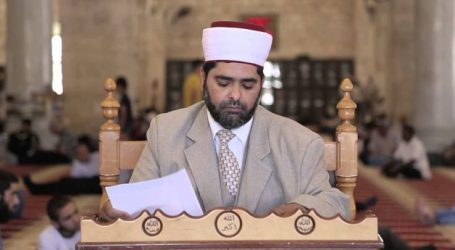 Al-Aqsa Mosque Director Calls on Residents to Intensify Their Presence